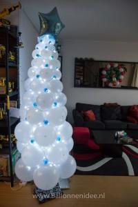 Witte Kerstboom (260cm)