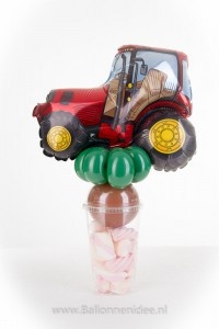 (02) traktatiebeker Traktor